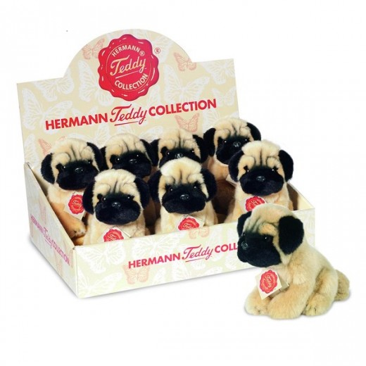 Hermann Teddy Original Pug sitting-01