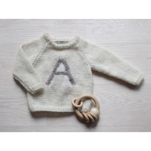 Astas Sweater Fluffy A-Letter creme/brown A-31