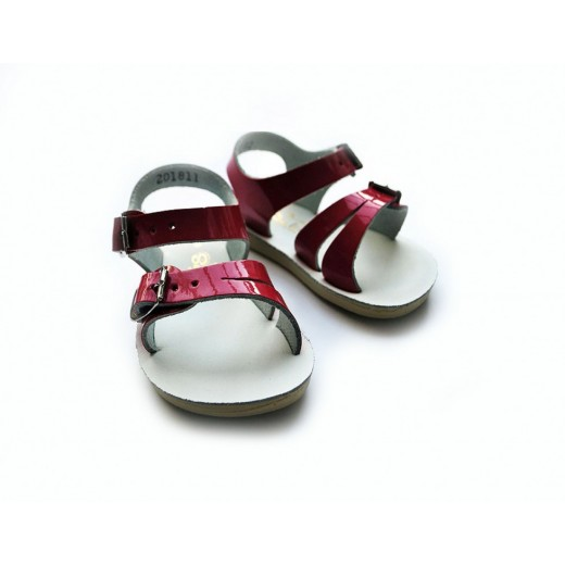 Salt-Water sandal shiny fuchsia-01