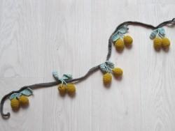 Shirley Bredal Cherry garland mustard-20