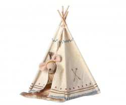 maileg Mouse Little Sister Little Feather m/ tipi-20