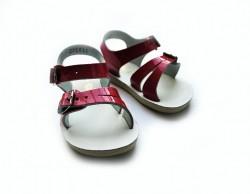 Salt-Water sandal shiny fuchsia-20
